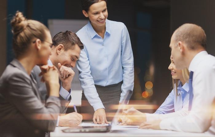 Entenda como a tecnologia BPMS é capaz de realizar o gerenciamento de clientes e prazos, garantindo o cumprimento de acordos estabelecidos