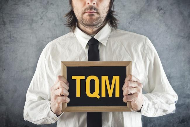 O conceito de qualidade total nas empresas implica no esforço de buscar a satisfação de todos os agentes de um negócio.